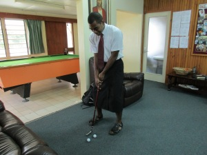 Yep, Seniloli proved you can even golf in a sulu